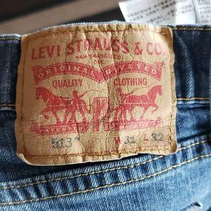 Levi Strauss & Co. 513 Blue Jeans